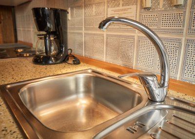 Waschbecken in der Küche der Ferienwohnung Stephanides in Lemgo